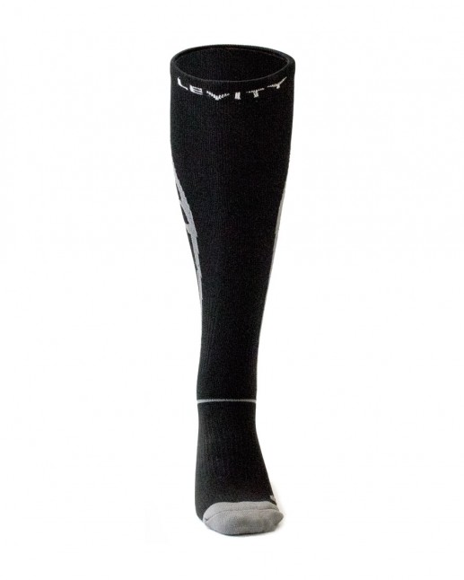 LEVITY Performance Compression Sock_01
