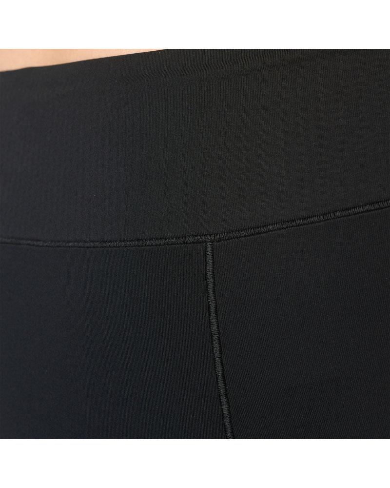 adidas AY6159_APP_on-model_detail-2_gradient