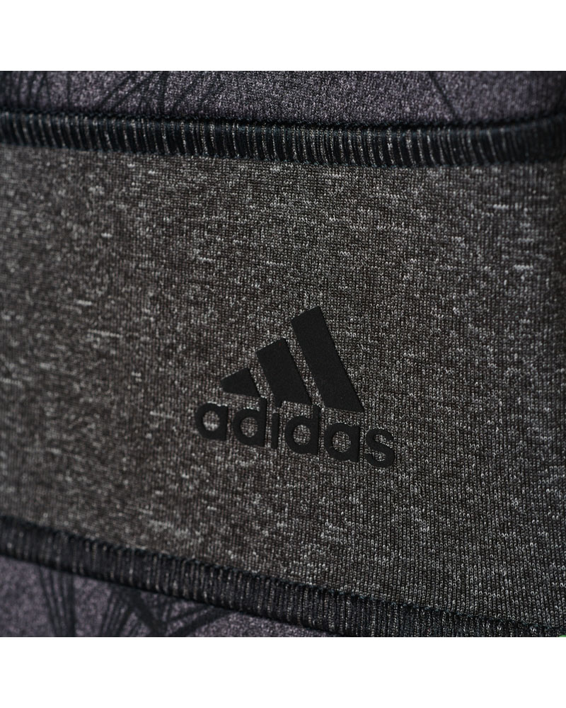 adidas AY4391_APP_photo_detail-1_gradient