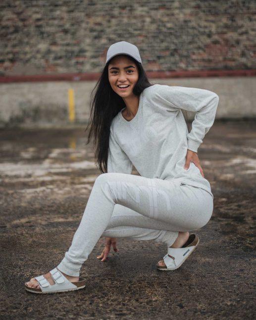 Aim'n Grey Sweatshirt 17050014 and -pants 17010007 b