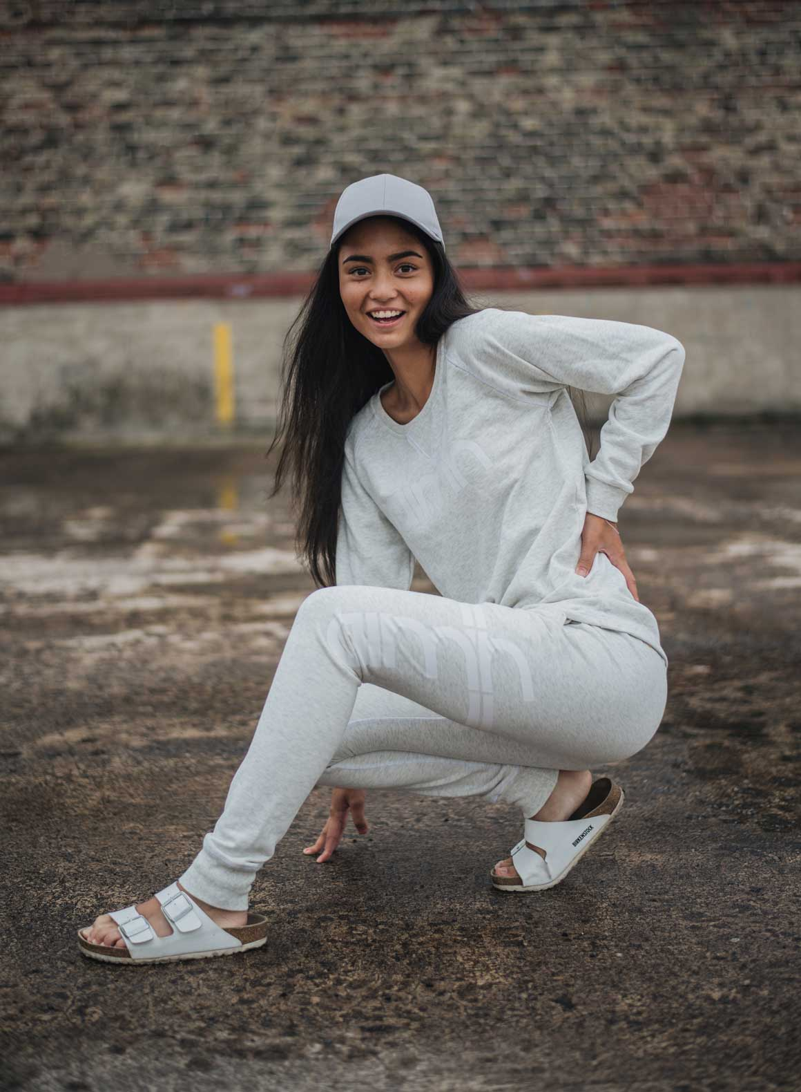 Aim'n Grey Sweatshirt 17050014 and -pants 17010007 b