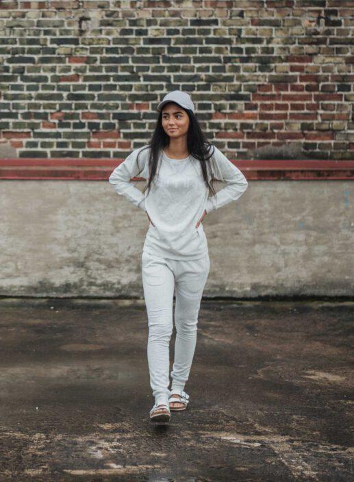 Aim'n Grey Sweatshirt 17050014 and -pants 17010007 f