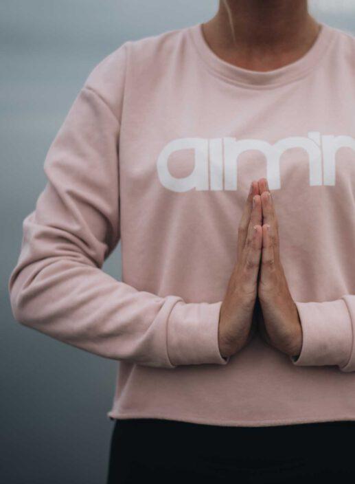 Aim'n Pink Crop Sweatshirt 17050008 c