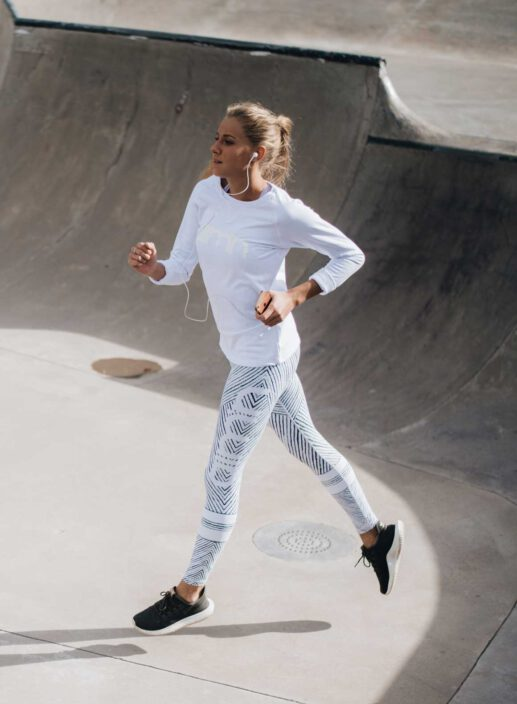 Aim'n White Sweatshirt 17050016