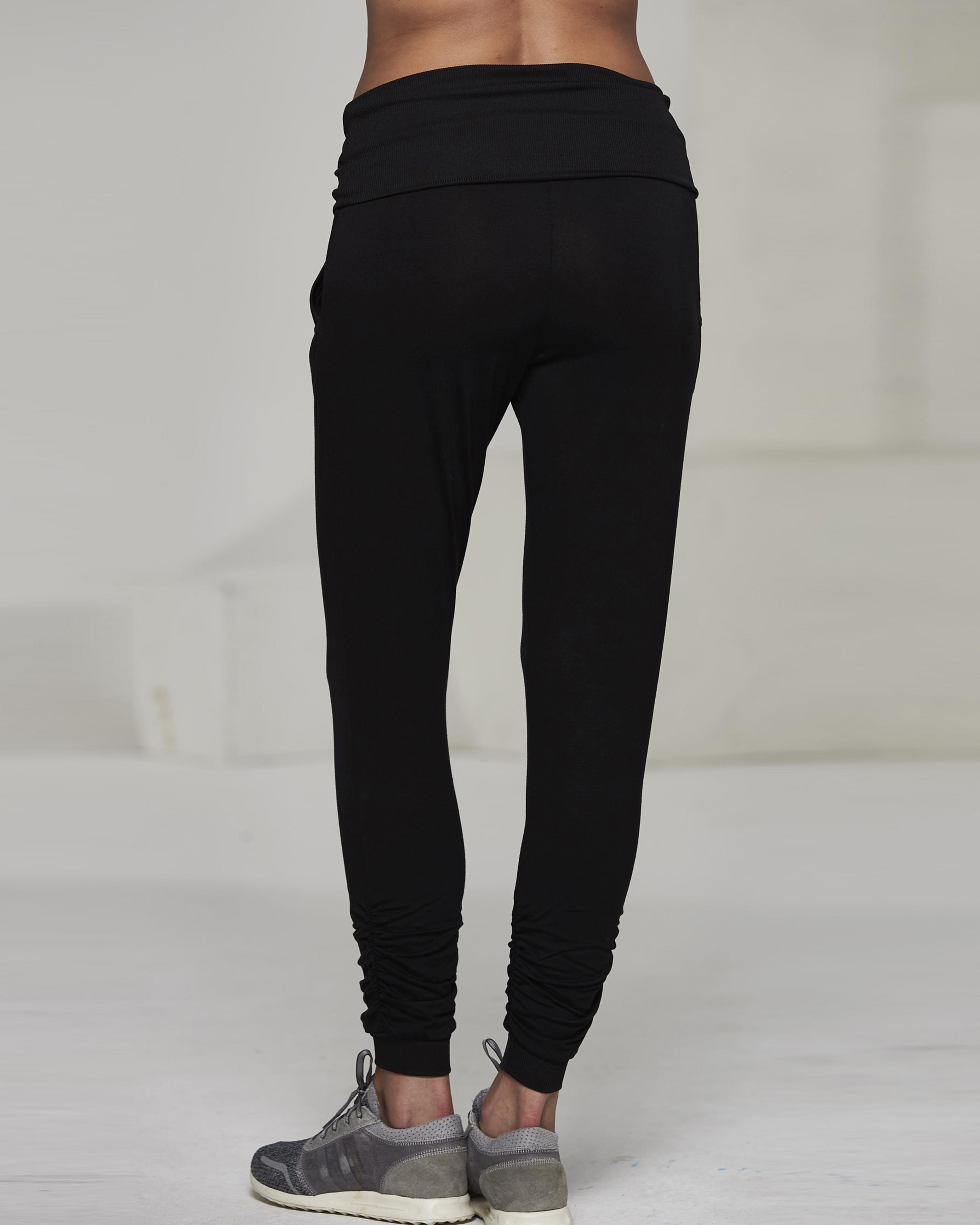 Ellesport Drape Roll Waist Slouch Pant – Black