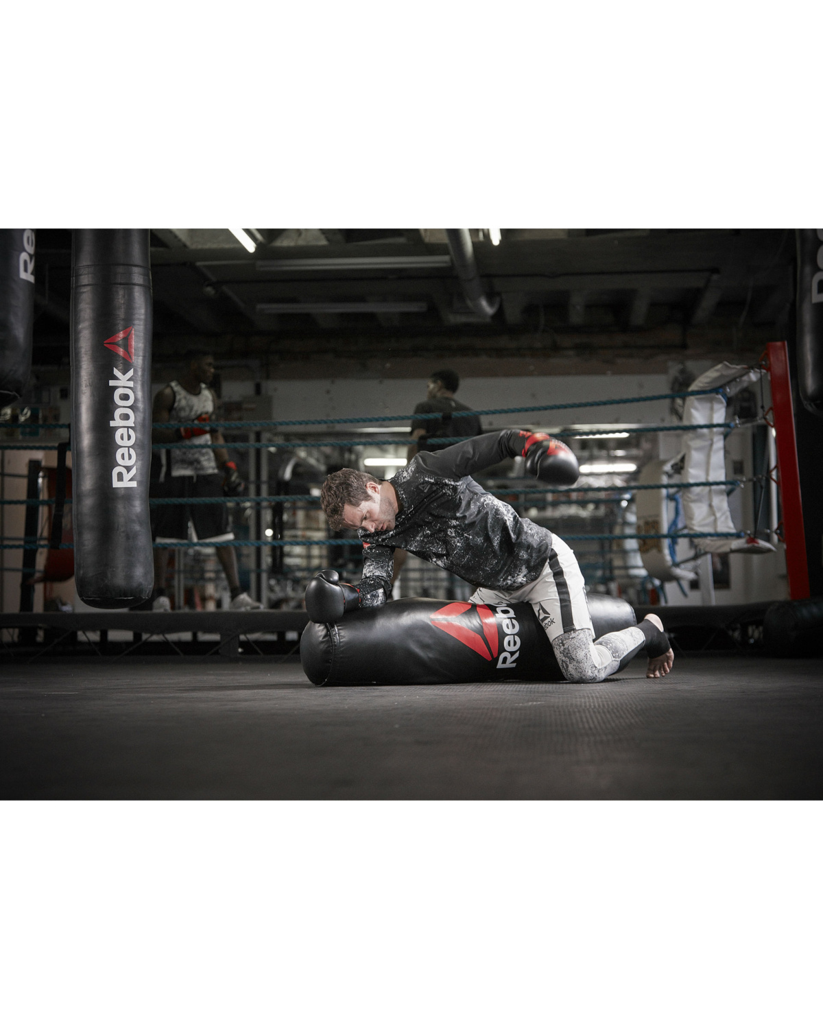 reebok_combat_grapping_bag_lifestyle_22