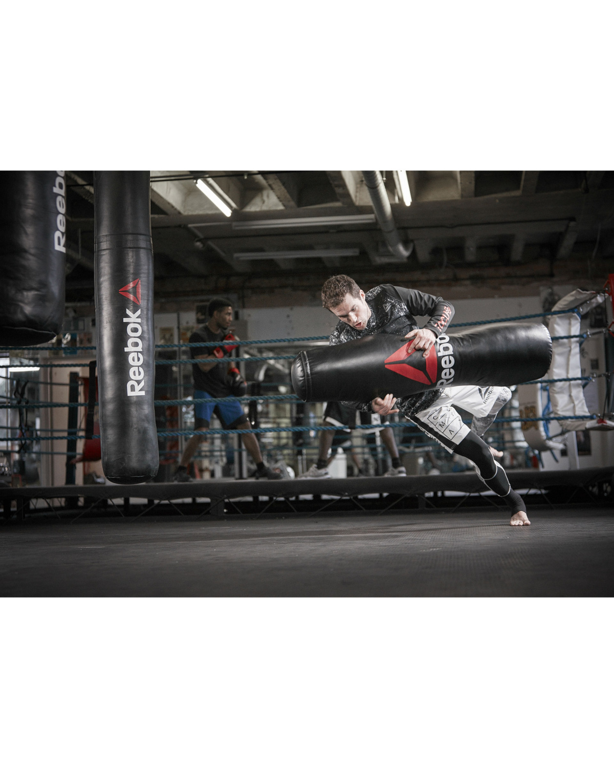 reebok_combat_grapping_bag_lifestyle_42