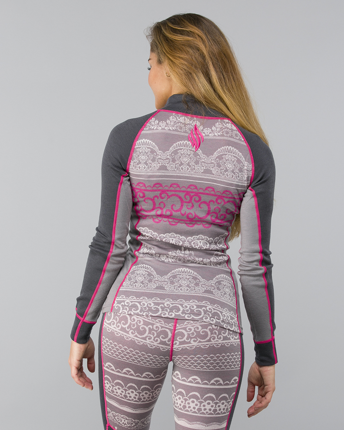 We-Are-Fit-Lace-Merino-Longsleeve3
