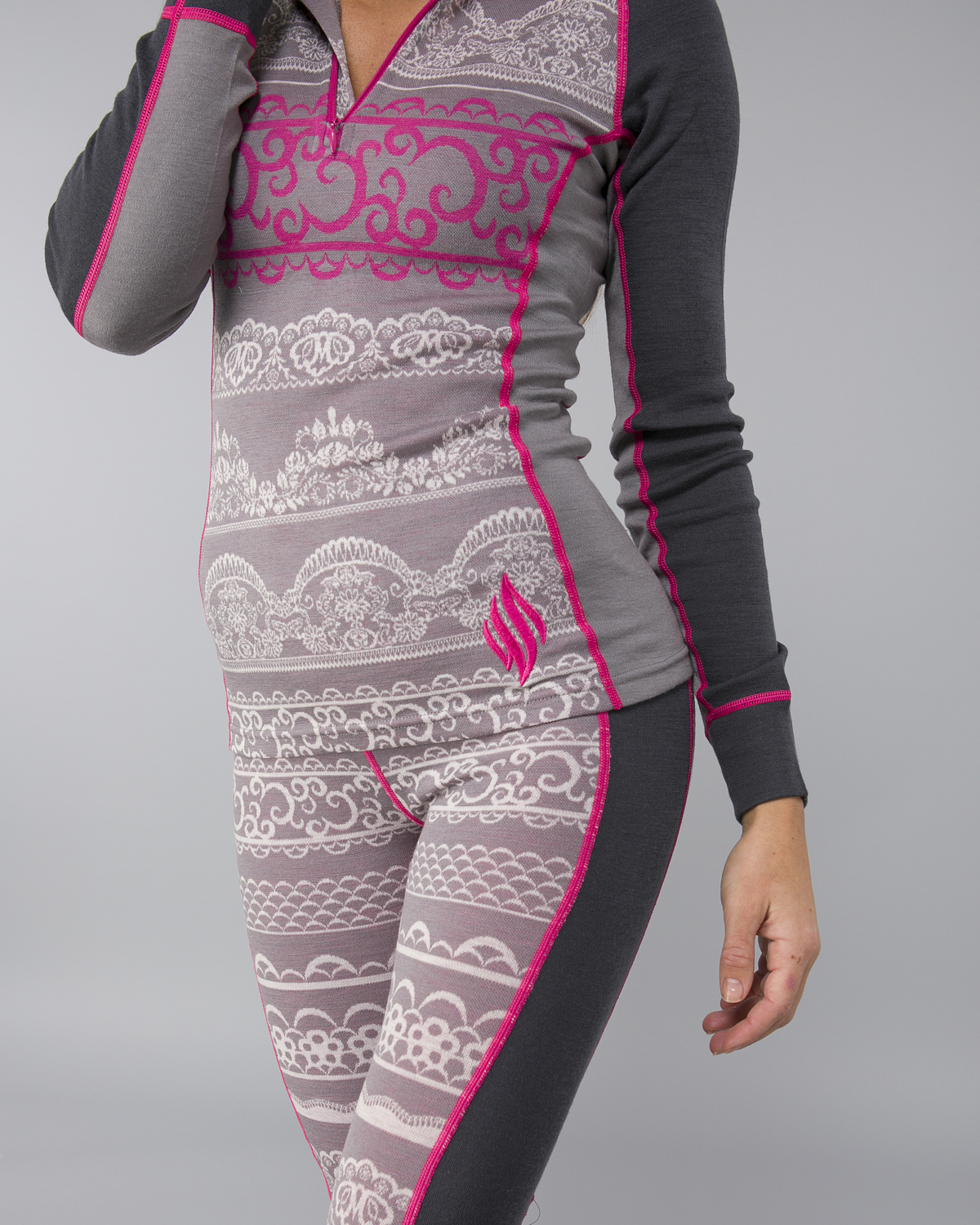 We-Are-Fit-Lace-Merino-Longsleeve5