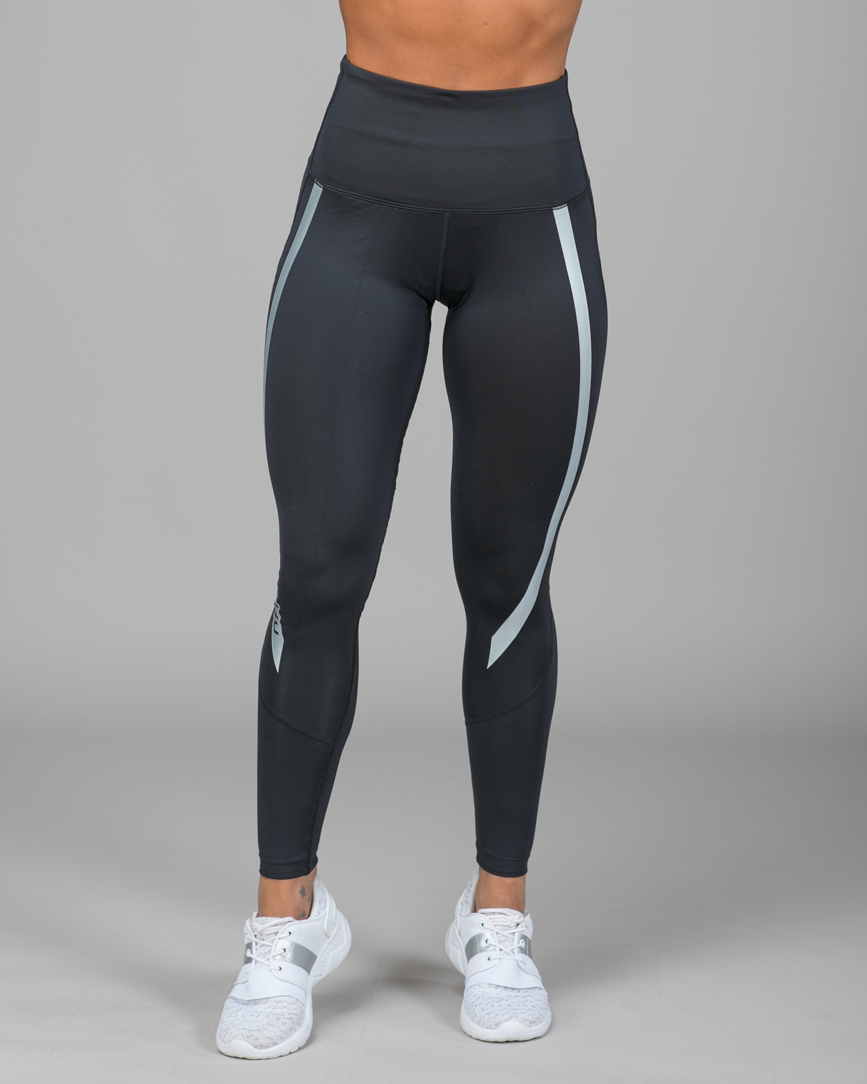 37581086 2XU Hi Rise Compression Tights - Black/Silver - Tights.no