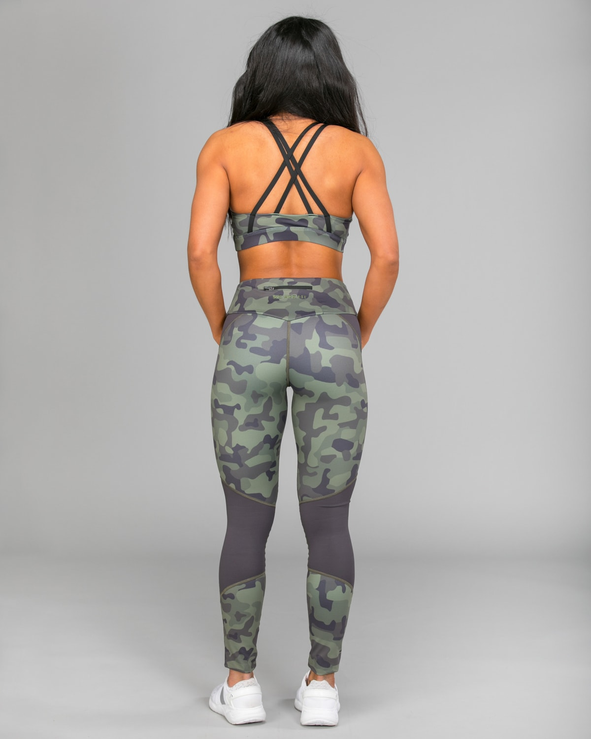 we-are-fit-2018-green-fury-tights-06