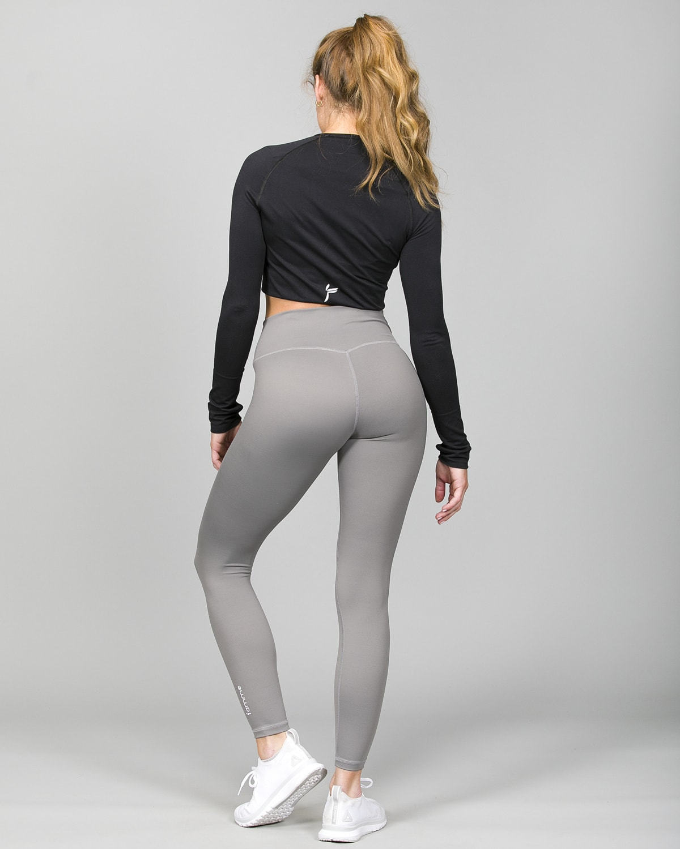Famme Ocean Crop Top Black ocls-bk and Essential High Waist Legging – Grey ehwt-gr h