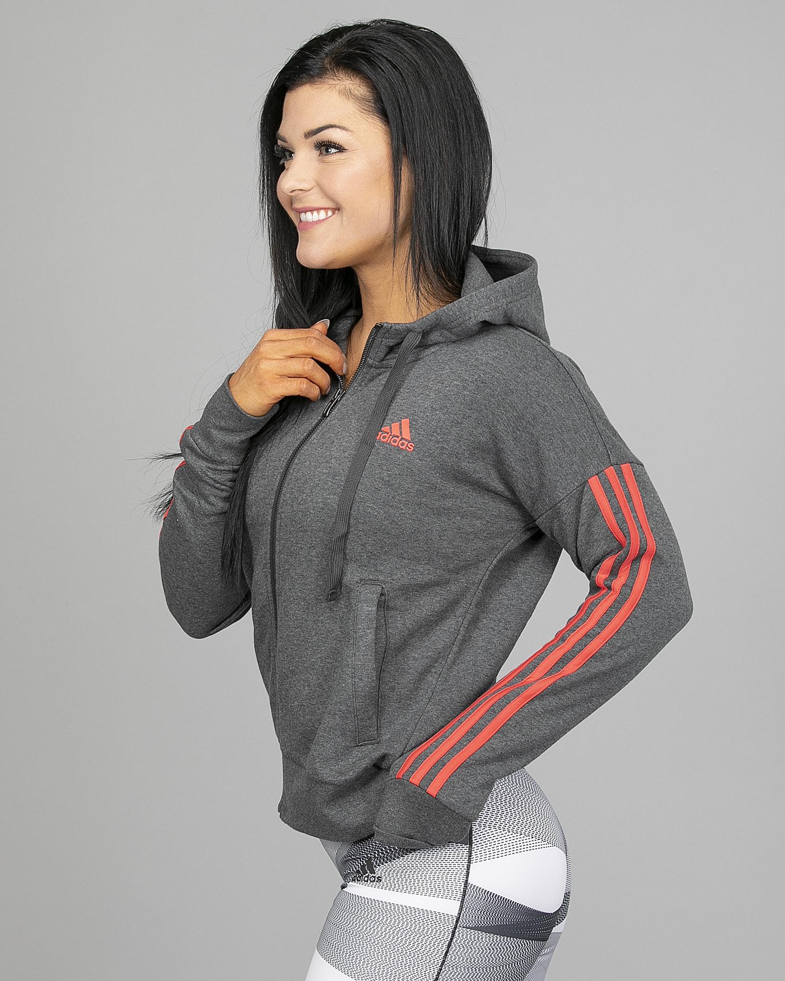 44192550 Adidas Essentials 3 Stripes Fullzip Hoodie - Dark Grey Heather - Tights.no