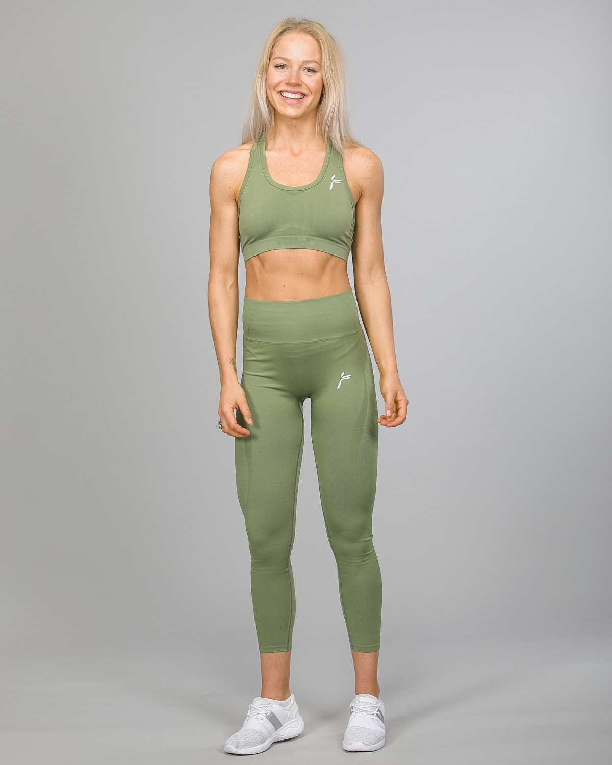 Famme Vortex Legging vhwl-ag and Drop It Sports Bra disb-ag Army Green