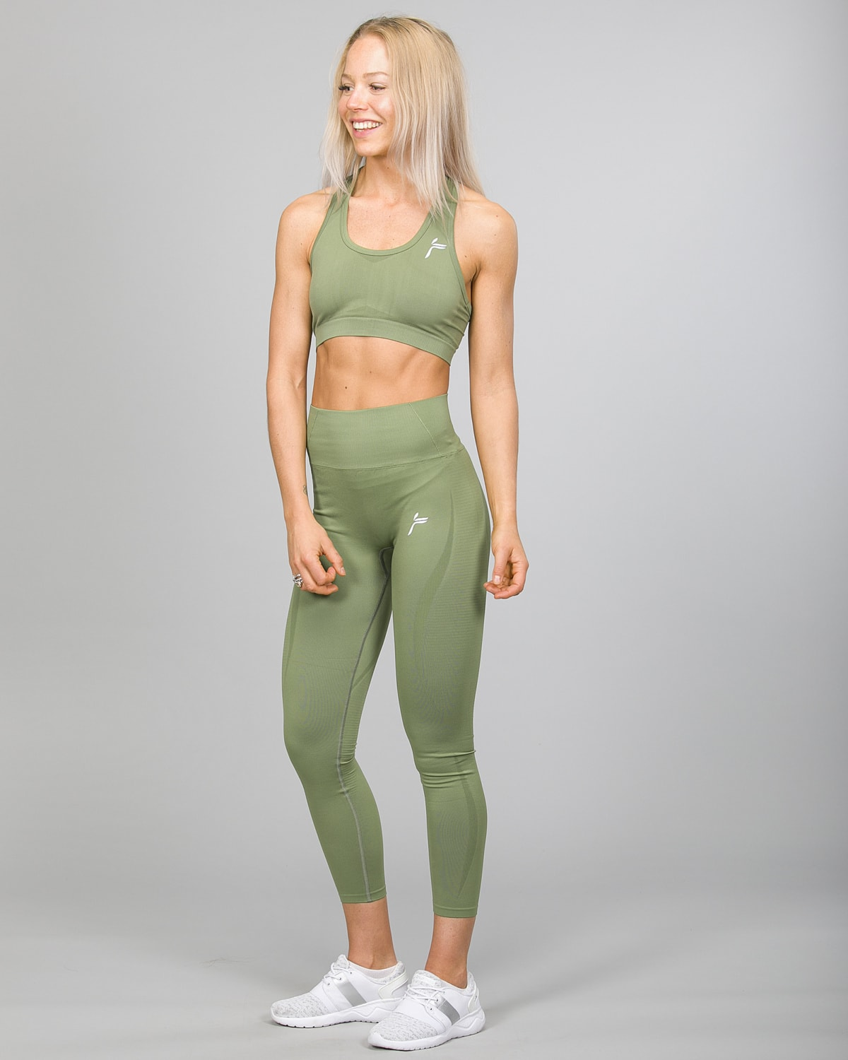 Famme Vortex Legging vhwl-ag and Drop It Sports Bra disb-ag Army Green b