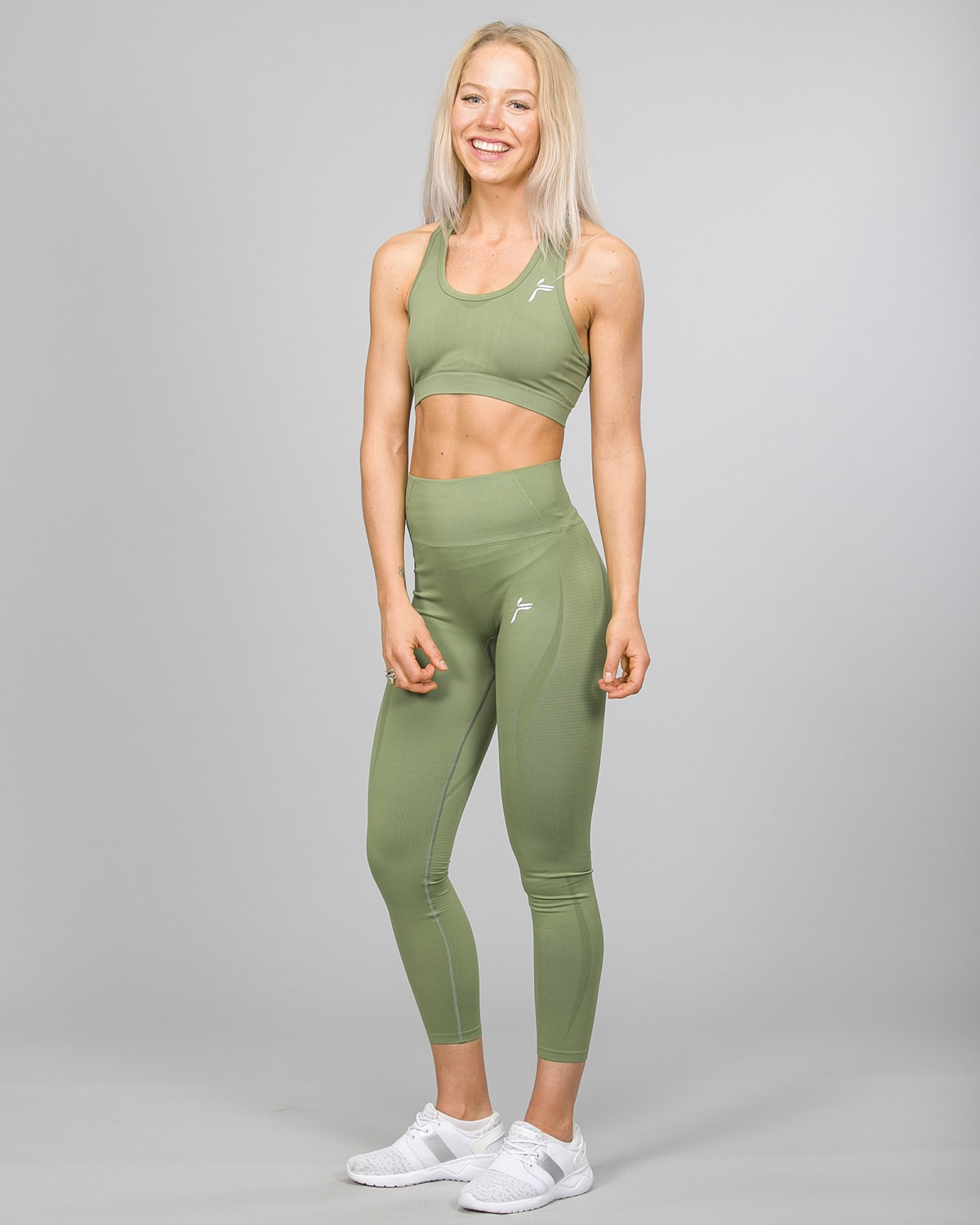 Famme Vortex Legging vhwl-ag and Drop It Sports Bra disb-ag Army Green c