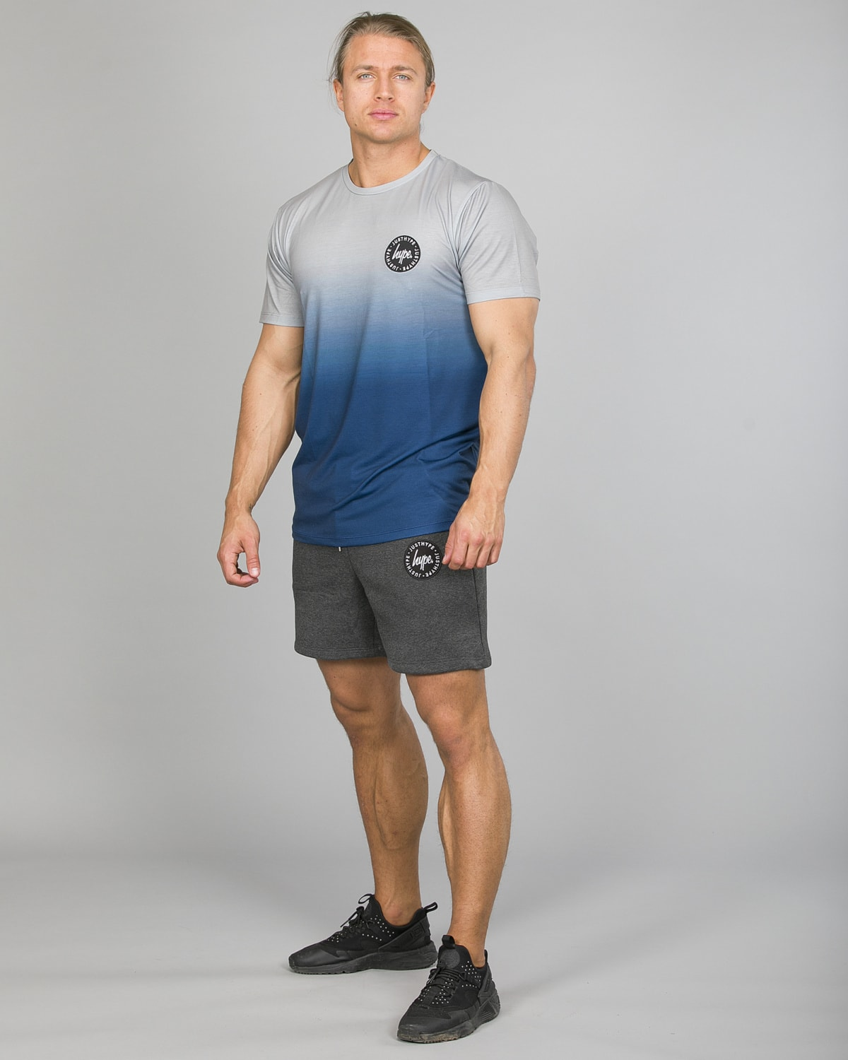Hype Midnight Fade T-Shirt Men ss18210b Blue:Grey and Badge Shorts Men tm2ndrp16 Charcoal b
