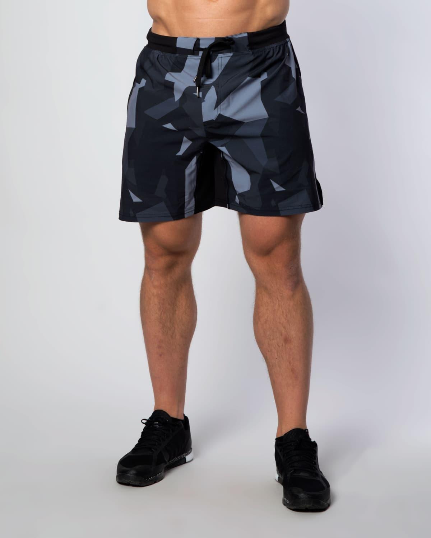 Camo-shorts-front-men