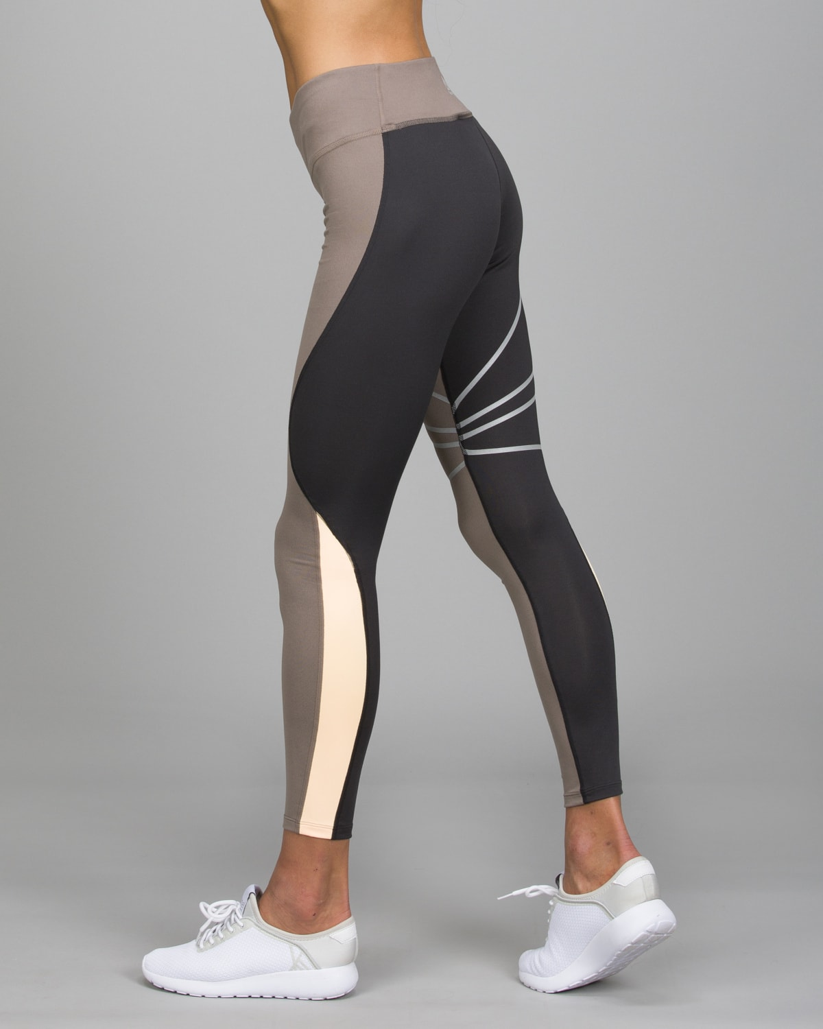 Reebok Running SpeedWick Tights.Smoky Taupe