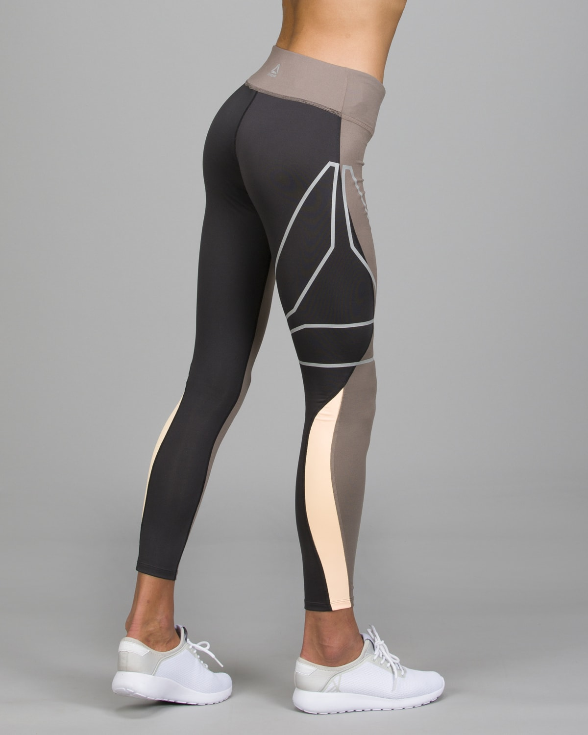 Reebok Running SpeedWick Tights.Smoky Taupe2