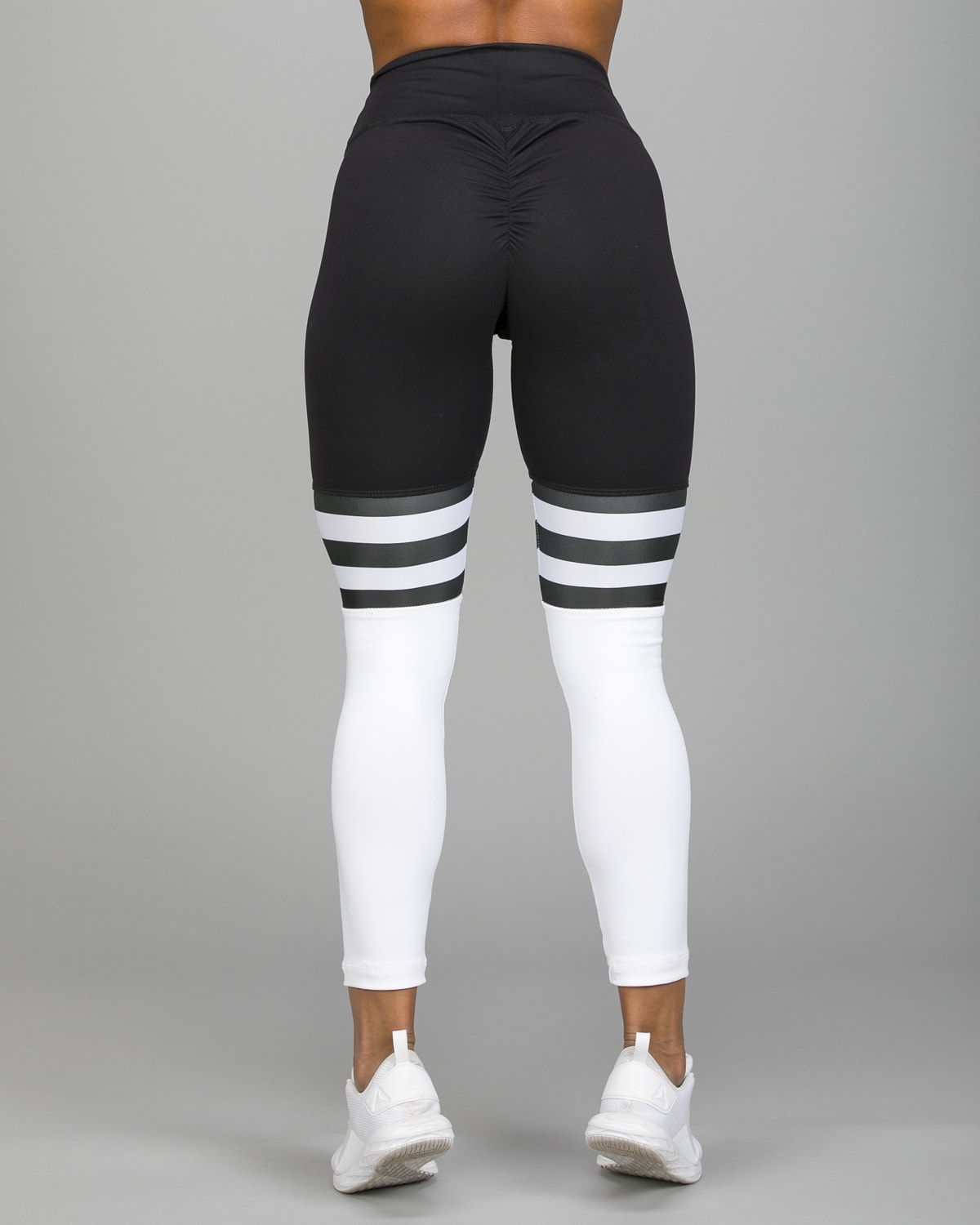 ABS2B Fitness High Knee Stripes Black.White1