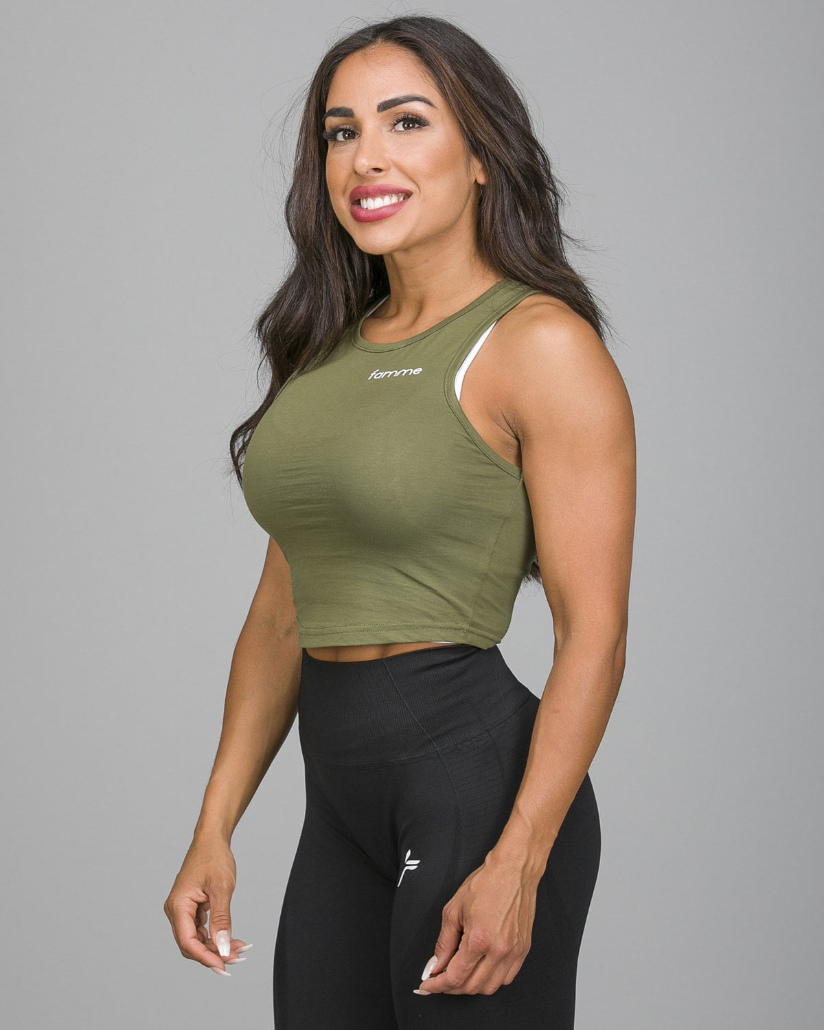 Famme Pure Crop Top Army Green PCT-AG b