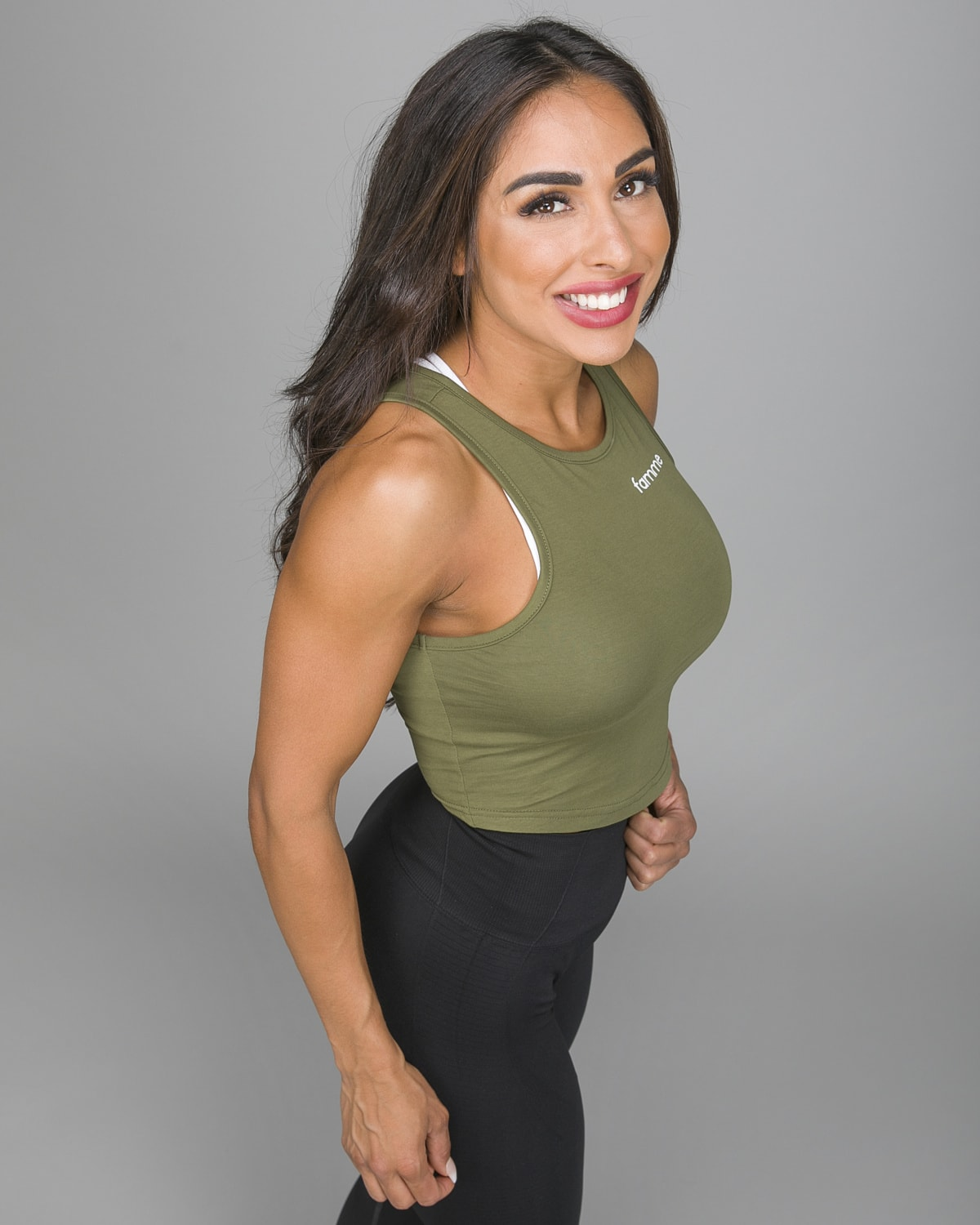 Famme Pure Crop Top Army Green PCT-AG g