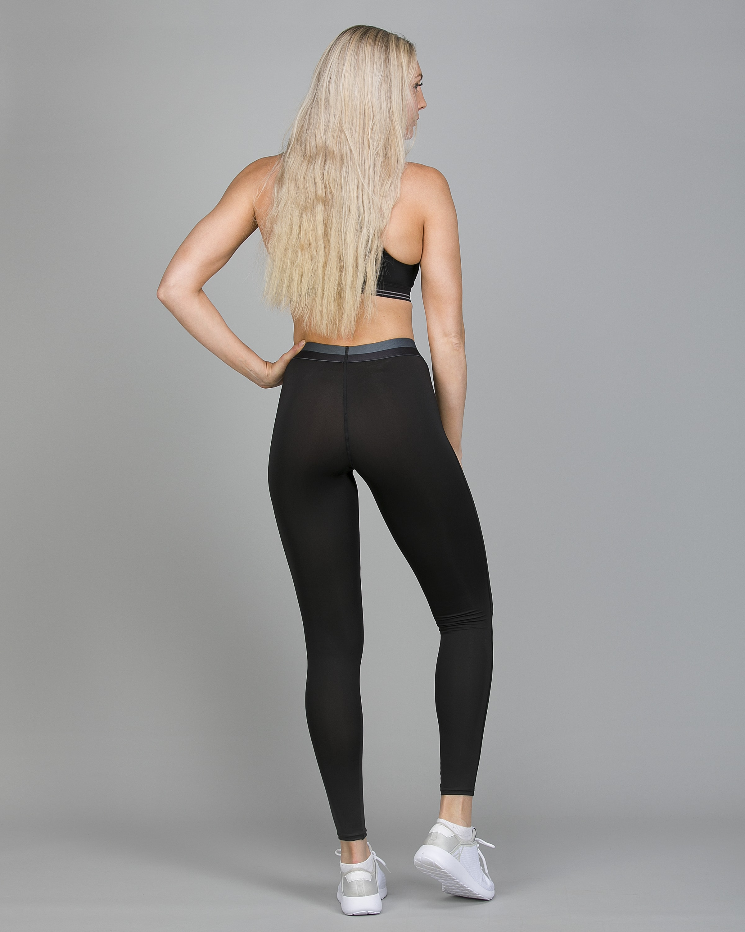 Shock Absorber Active Branded Legging S06TE and Ultimate Run Bra S5044 c