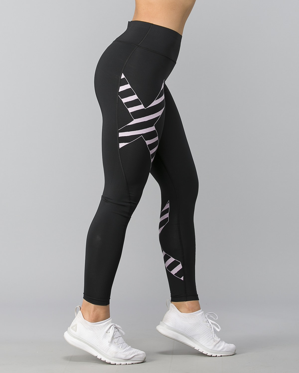 2XU-Bonded-Midrise-Comp-Tights-W–Black-Paint-Stripes-Wndsome-Orchid3