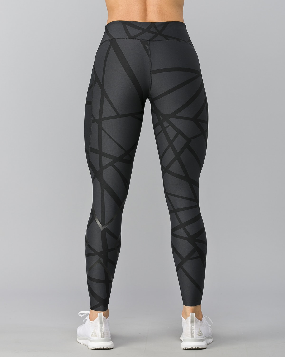 2XU-Print-Mid-Rise-Comp-Tights–Paint-Strokes-Nero2
