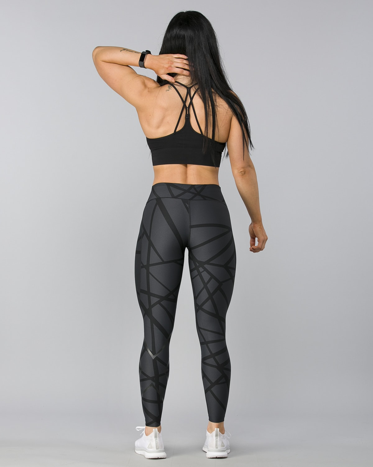 2XU-Print-Mid-Rise-Comp-Tights–Paint-Strokes-Nero7