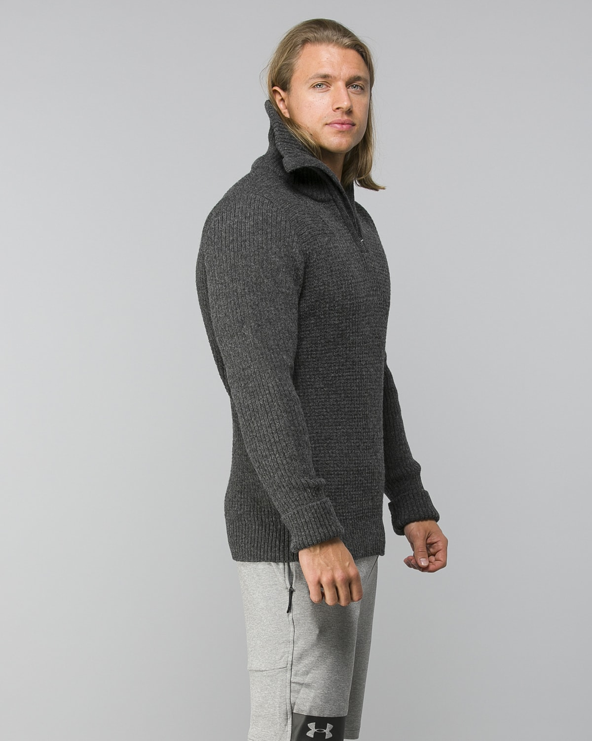 Helly-Hansen-Marka-Wool-Sweater–Ebony3