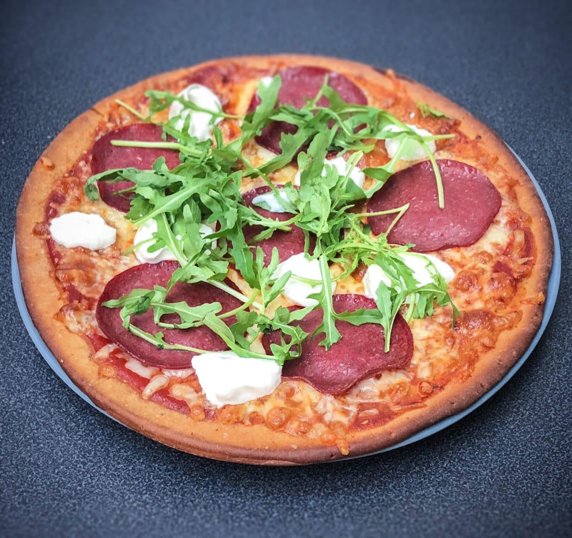 knallgod-protein-pizza-bunn