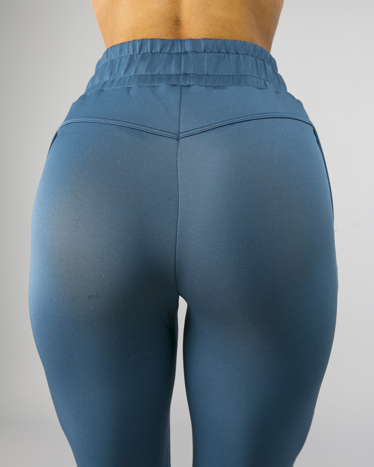 Squat Wolf Knot Joggers Teal 14