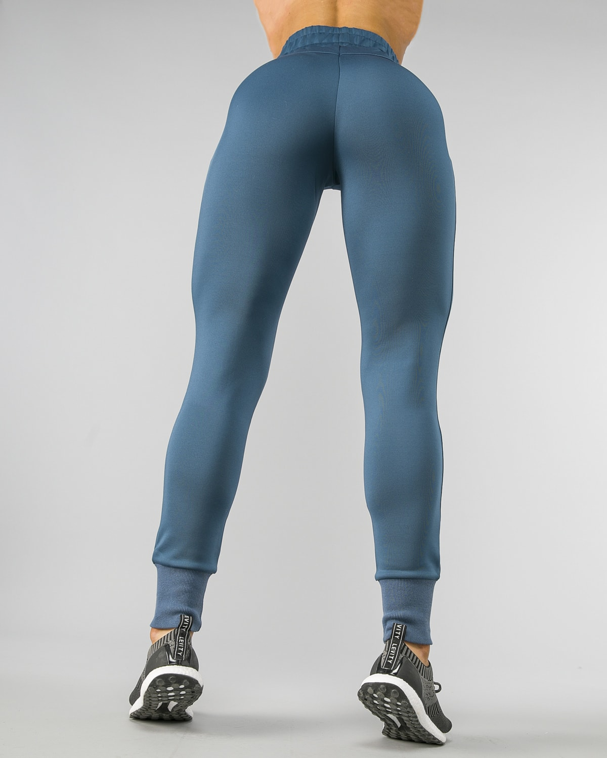 Squat Wolf Knot Joggers Teal 20
