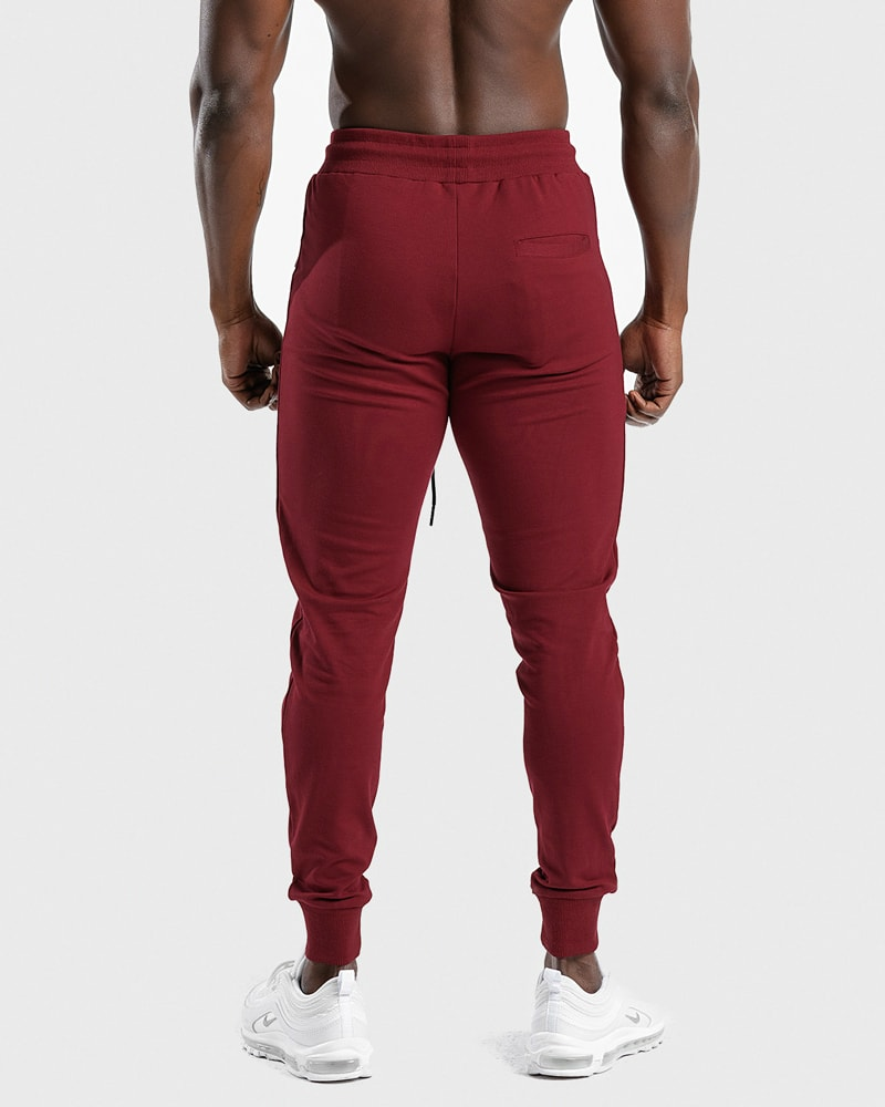 squat_wolf_statement_joggers_red_3