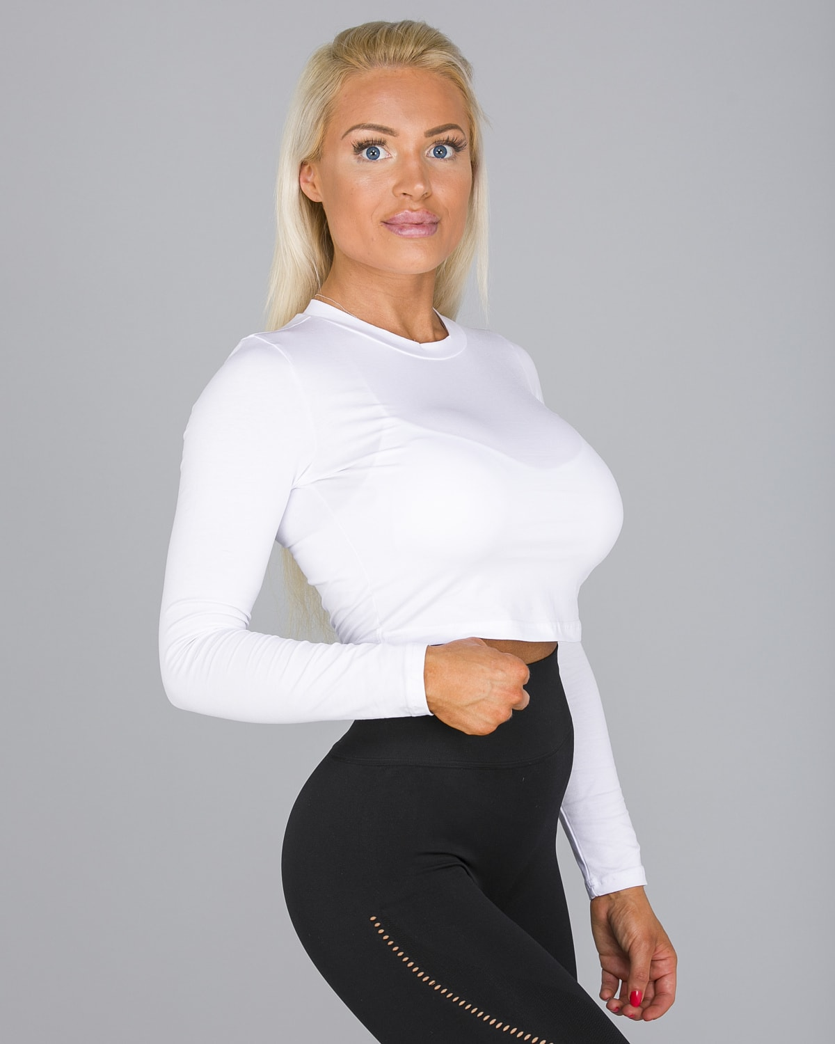 FAMME White Pure Crop Long Sleeve7