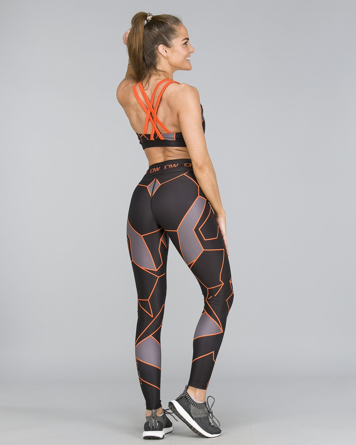 ICANIWILL – Orange Camo Tights a