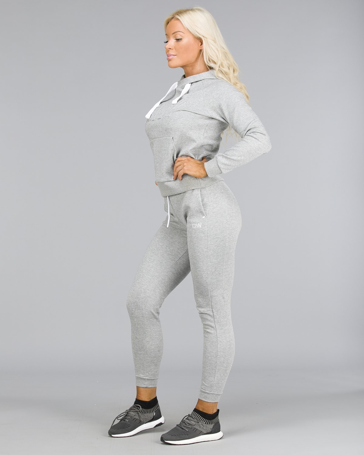 ICANIWILL – Sweat Pants – Light Grey a