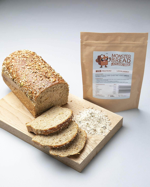 Monster low carb brød