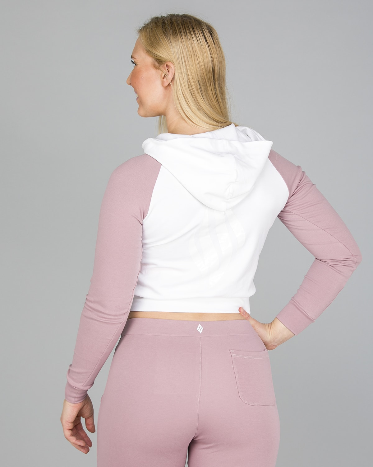We Are Fit Melrose crop hoodie7