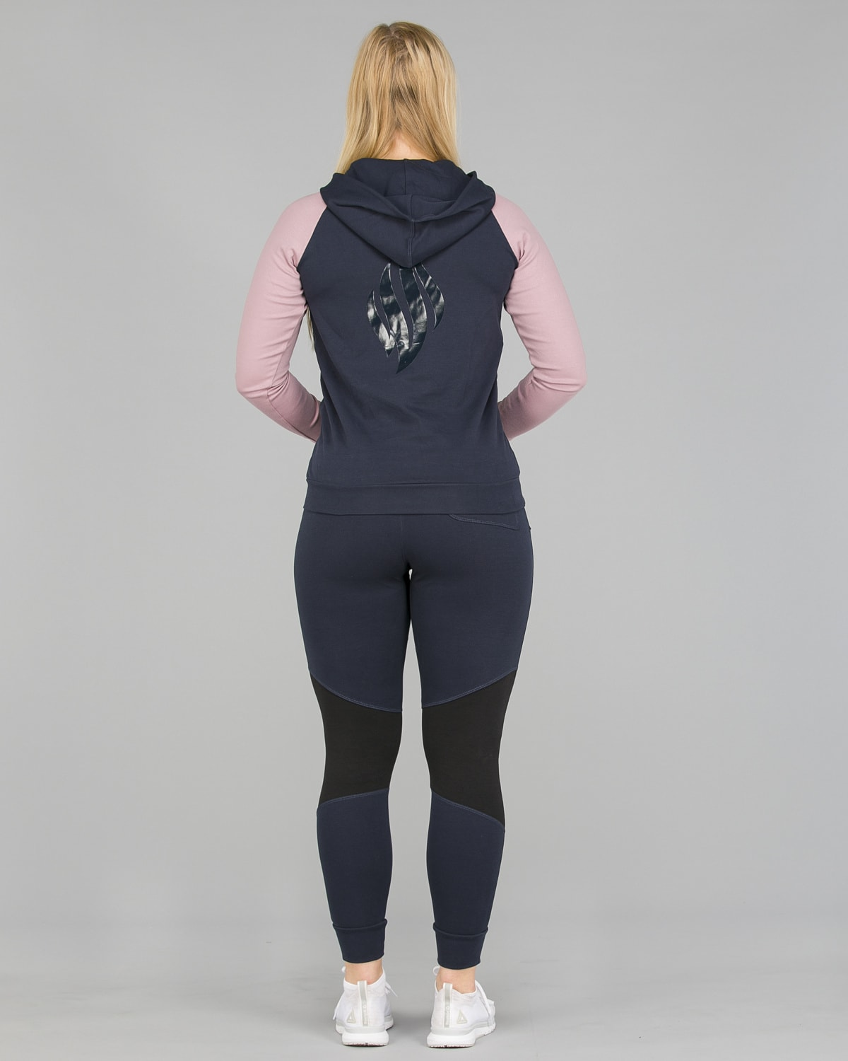 We Are Fit Pearl Pant8