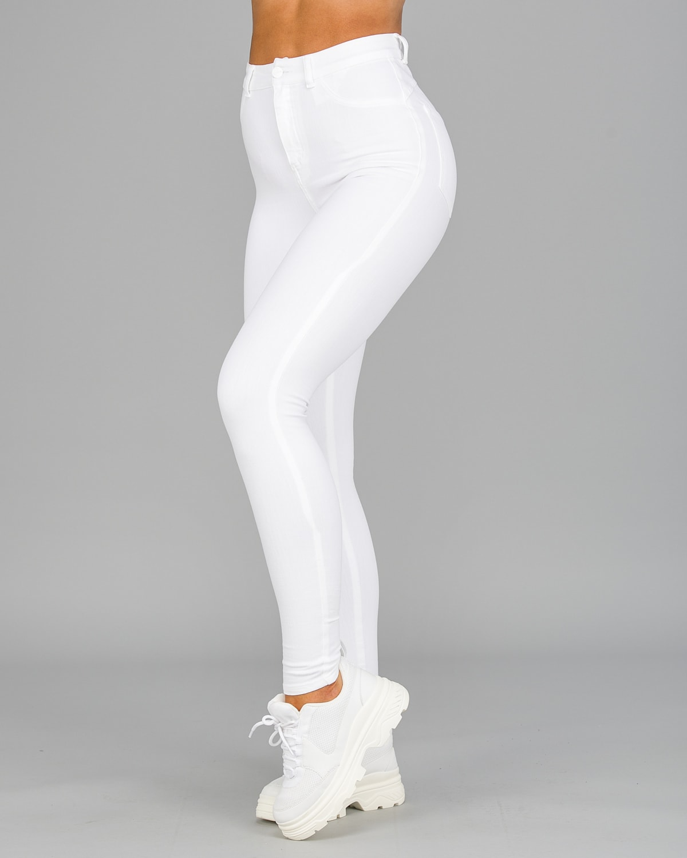 FAMME – 4Flex Jeans – White10