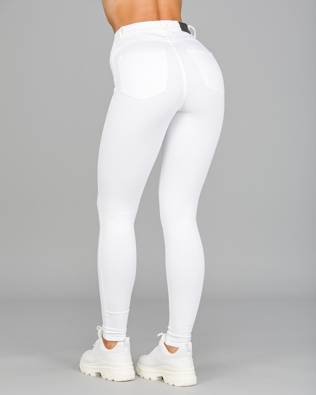 FAMME – 4Flex Jeans – White12