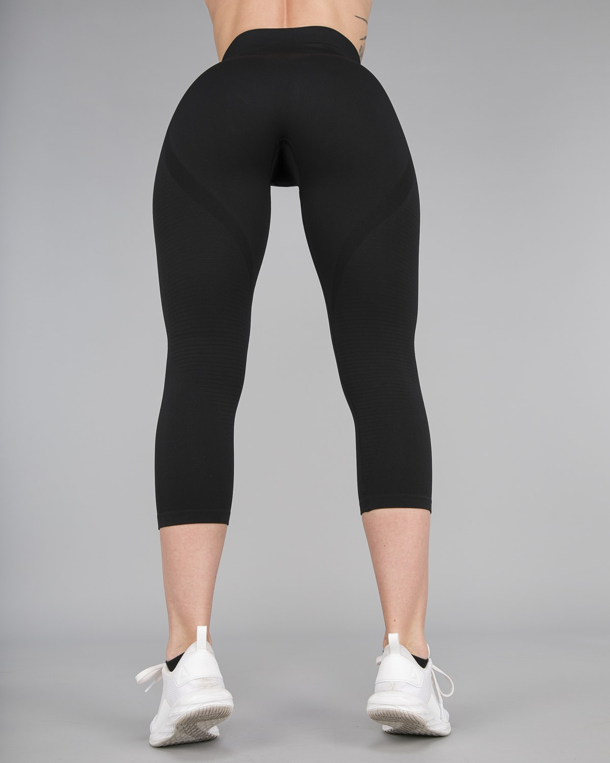FAMME – Vortex Leggings 7:8 – Black15