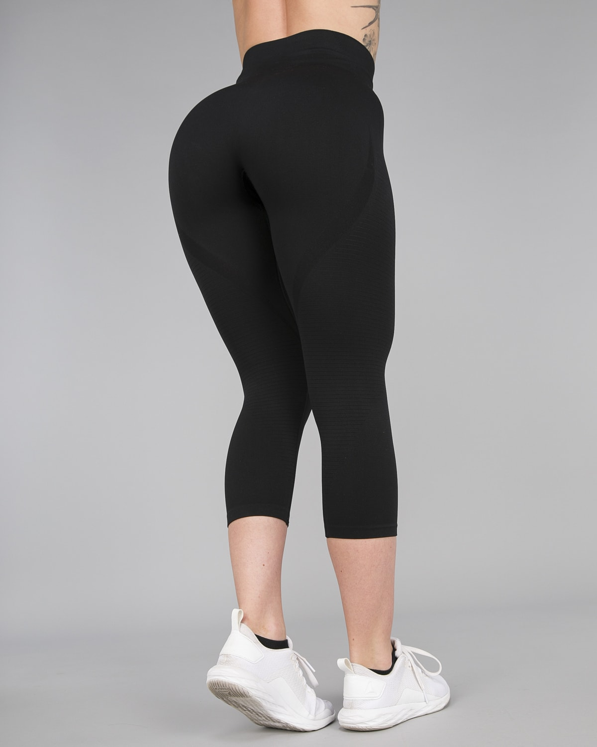 FAMME – Vortex Leggings 7:8 – Black16