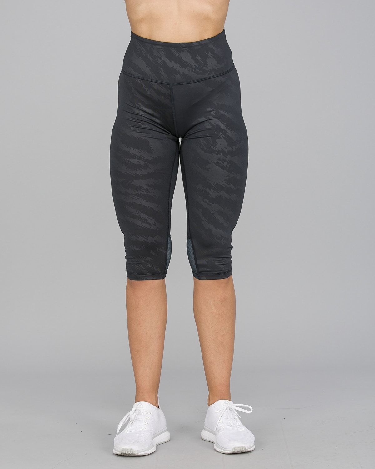 Workout Empire – Elevate 3:4 Leggings – Svart6