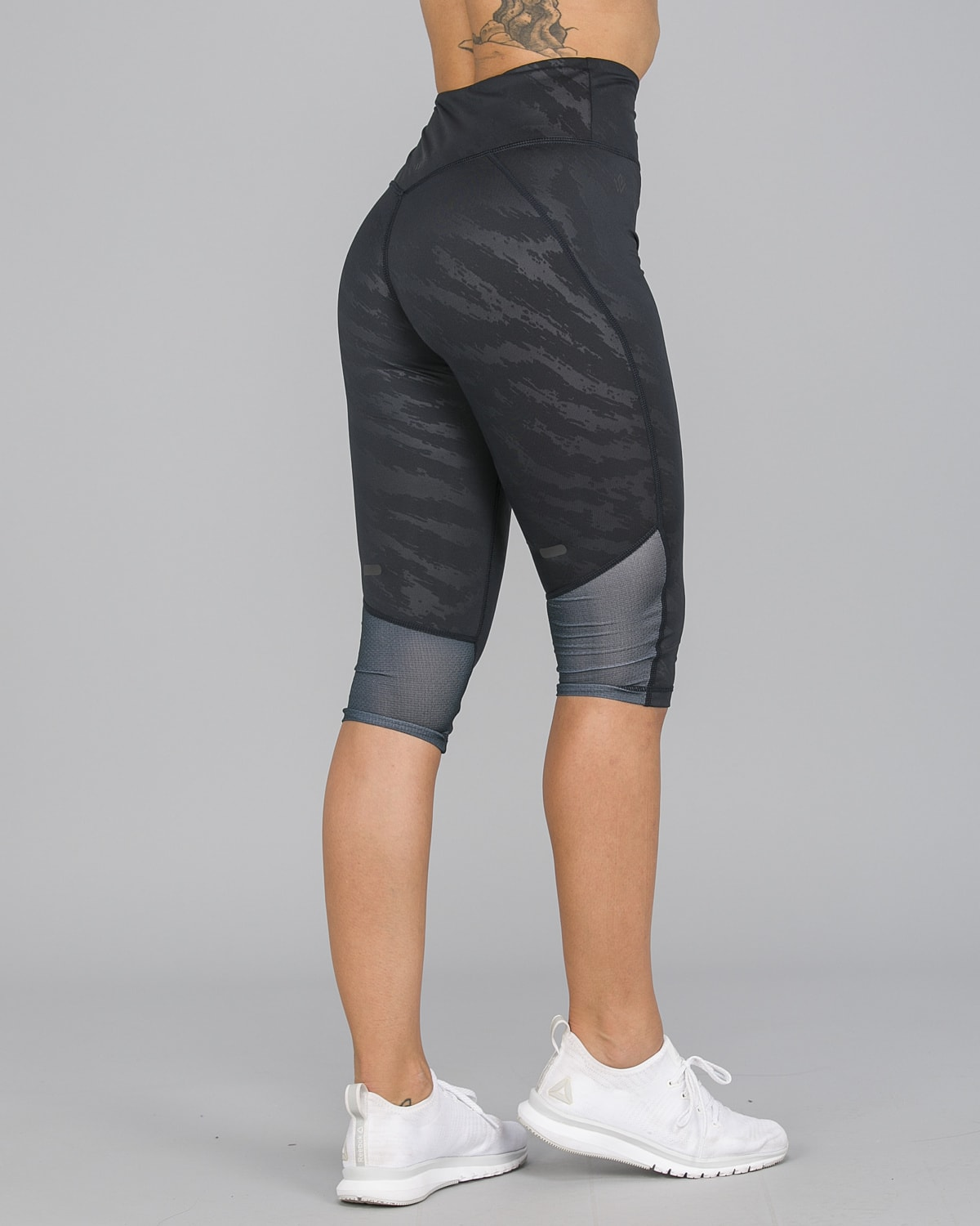 Workout Empire – Elevate 3:4 Leggings – Svart7