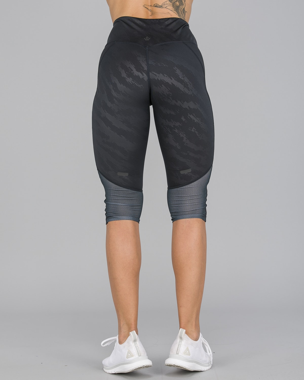 Workout Empire – Elevate 3:4 Leggings – Svart8