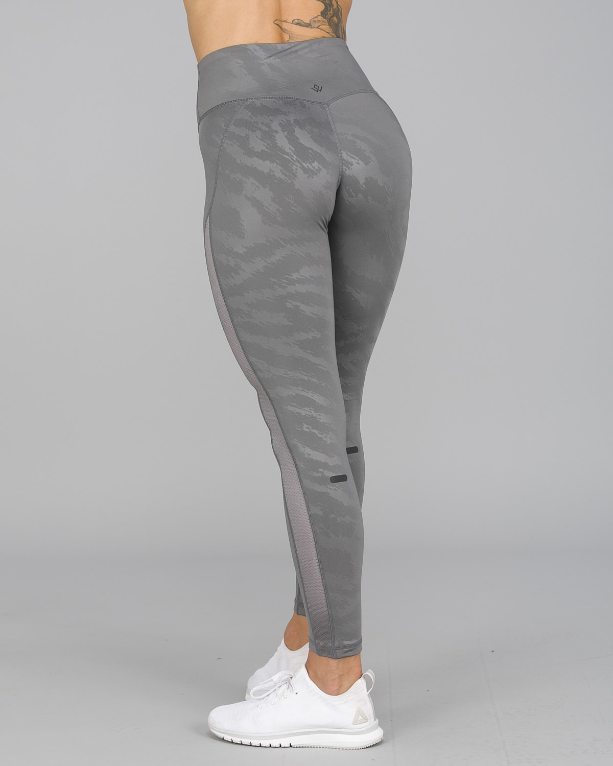 Workout Empire – Elevate Leggings – Silver5